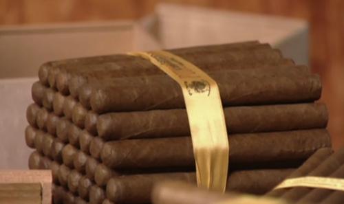 Ruban de soie autour des cigares