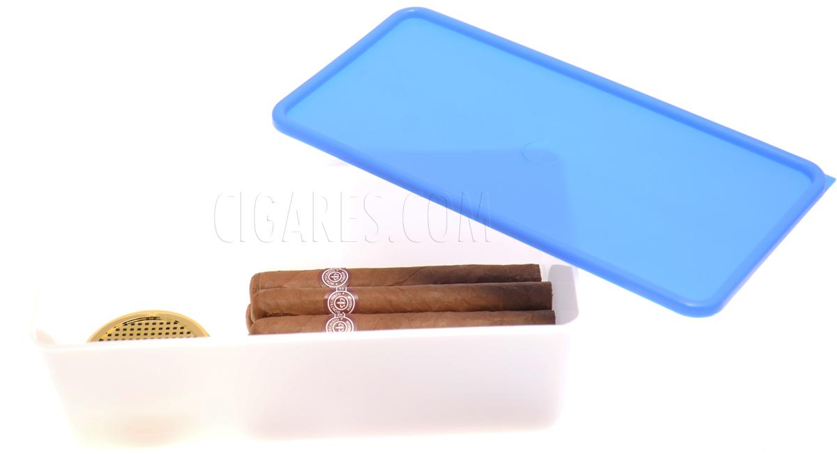 Conservation de vos cigares dans un Tupperware équipé d'un humidificateur